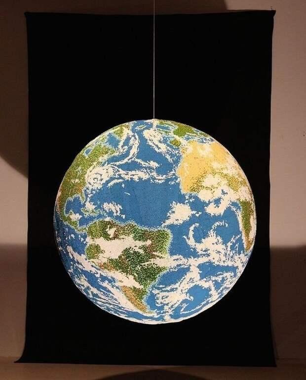 Глобус из спичек от художника и скульптора Энди Йодера