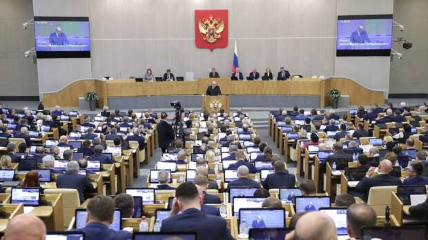 Депутат ЗакСа Петербурга заявил, что губернаторский корпус должен быть разнообразным
