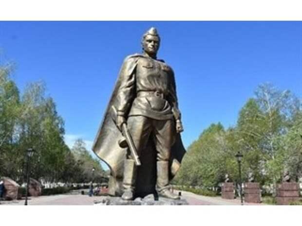 Скандал в Татарии: памятник «сгорел как спичка». Из чего лепят наследие?