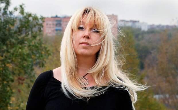 Главный редактор «Koza.Press» совершила самосожжение у здания ГУ МВД России по Нижегородской области