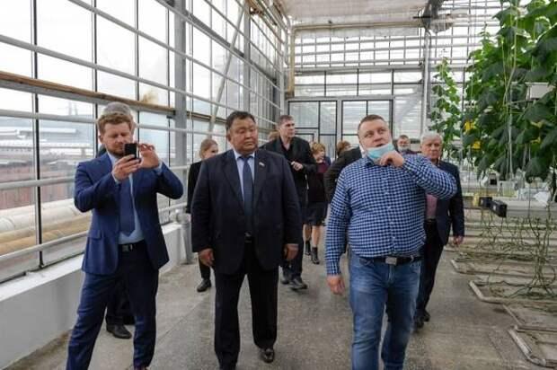 Депутаты ЗС Приангарья ознакомились с мерами поддержки с/х в Красноярском крае