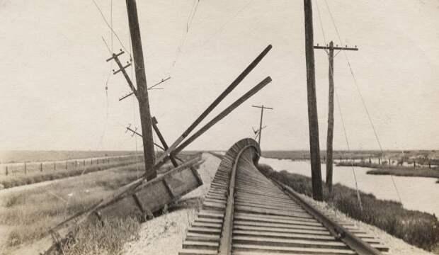Разрушения, которые принес самый страшный ураган