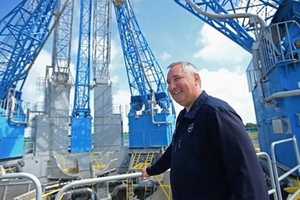 «Роскосмос» объяснил, почему зарплата Рогозина выше, чем у главы NASA