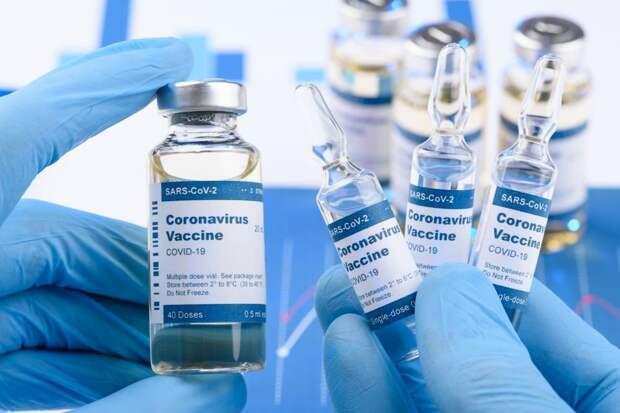 Росздравнадзор предупредил об отсутствии платы за вакцинацию от коронавируса