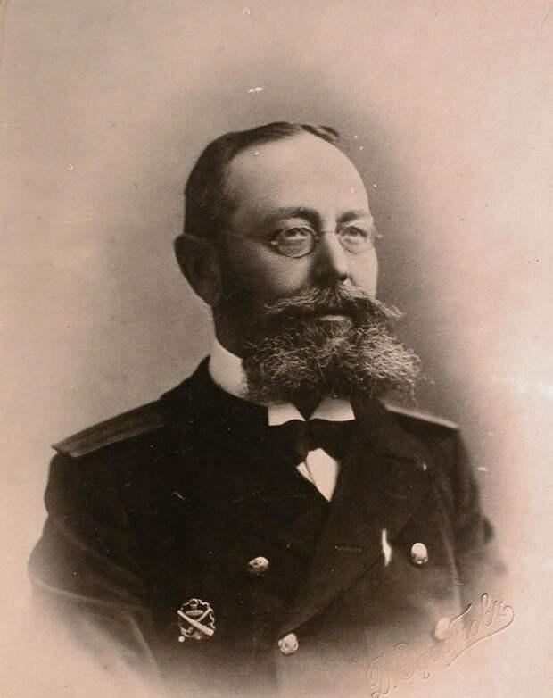 Матусевич Николай Александрович В феврале 1904 г. капитан 1-го ранга, начальник 1-го отряда миноносцев. Источник: wiki. wargaming. net<br>