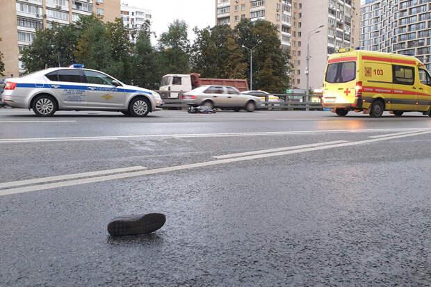 Двойное ДТП со смертельным исходом произошло в Москве