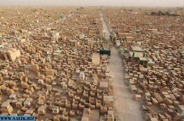 Самое большое в мире кладбище с миллионами могил