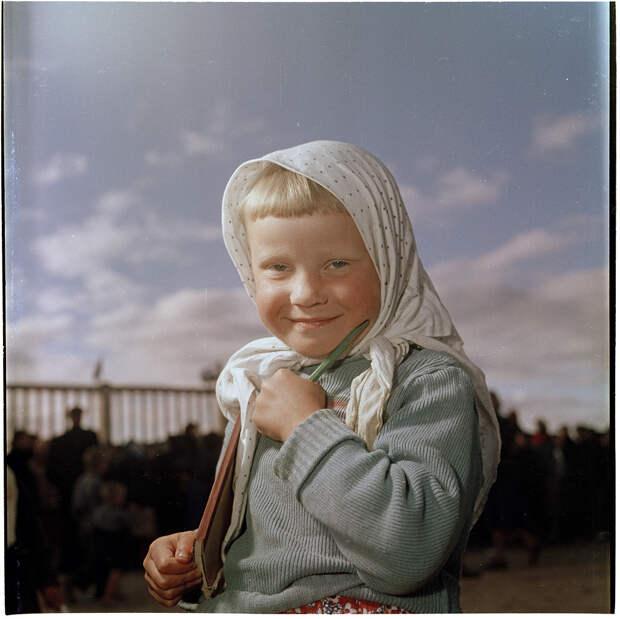 Советские люди на снимках Семена Фридлянда