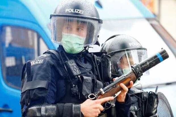 В Цюрихе против участников незаконной акции применили резиновые пули