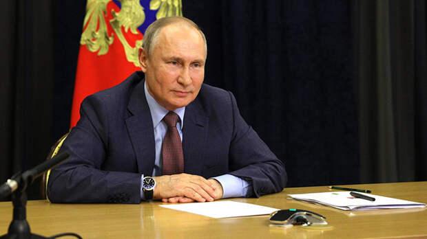 """Великолепная пятёрка. Путин лично продиктовал начало списка кандидатов """"Единой России"""""""