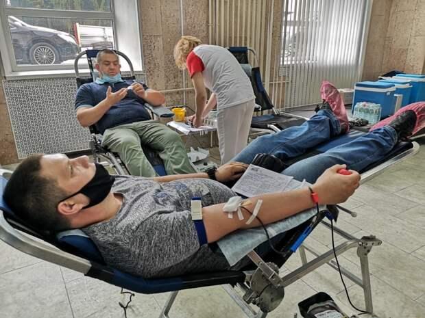 Сотрудники МЧС Управления по ЮВАО стали донорами крови