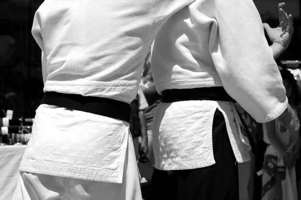 В семейном центре на Карельском расскажут о технике карате