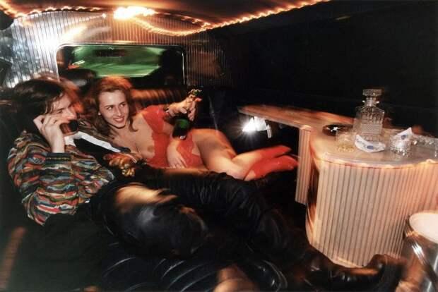 Тусовки в ночных клубах 90-ых.