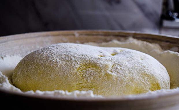 Хачапури со сплошным соком внутри: кладем сыр не только в середину, но и в стенки