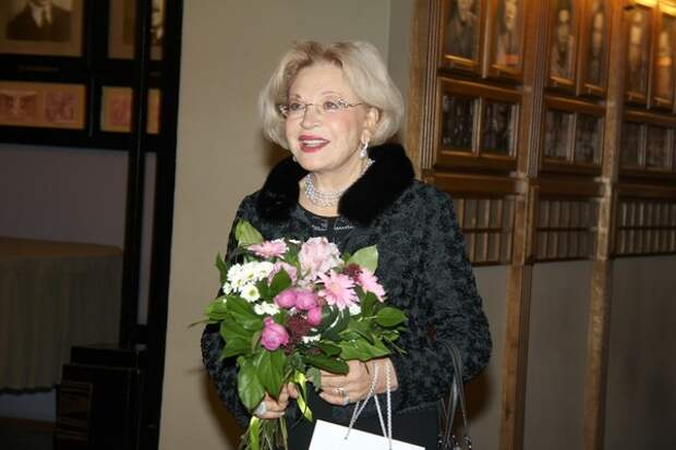 Людмила Максакова заявила, что она готова мириться с дочерью Марией, но без камер