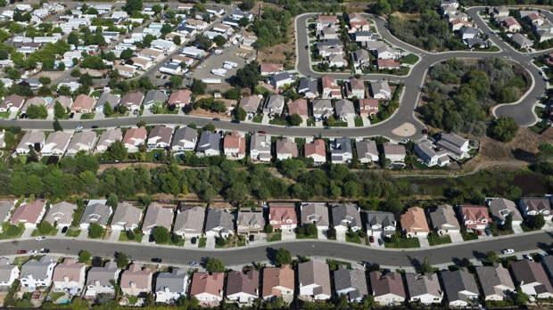 Инвестиционные фонды уничтожают средний класс в США