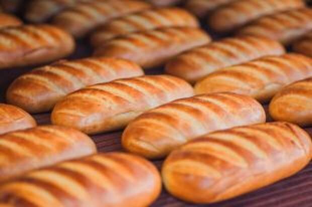 Почему питерцы называют пшеничный хлеб булкой, а москвичи — белым?