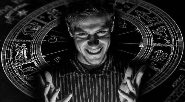 Темные стороны личности разных знаков зодиака