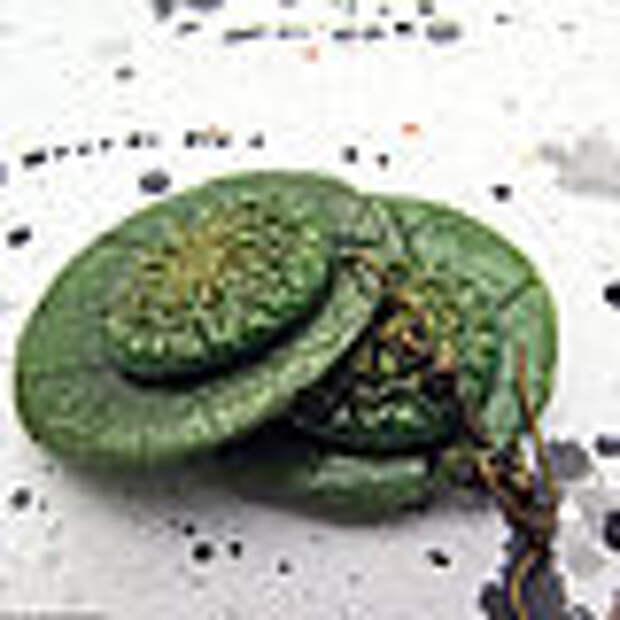 круглые серьги Весна (крупные зеленый листья зеленое
