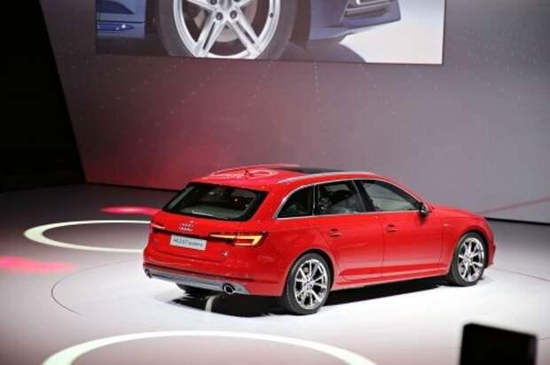 Audi будоражит IAA-2015 новыми A4