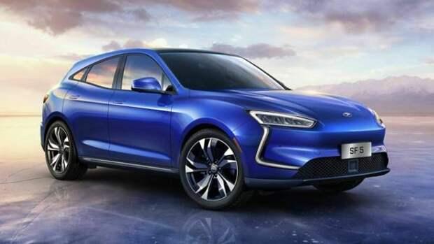 HUAWEI начинает продажу электромобилей SERES SF5 в Китае