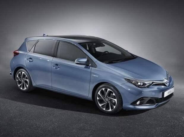 Toyota представила обновленный Auris