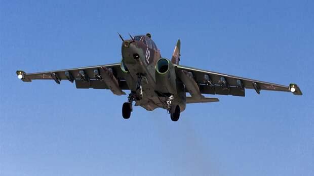 В Минобороны РФ сообщили о переброске самолетов Су-25СМ в Таджикистан для учений