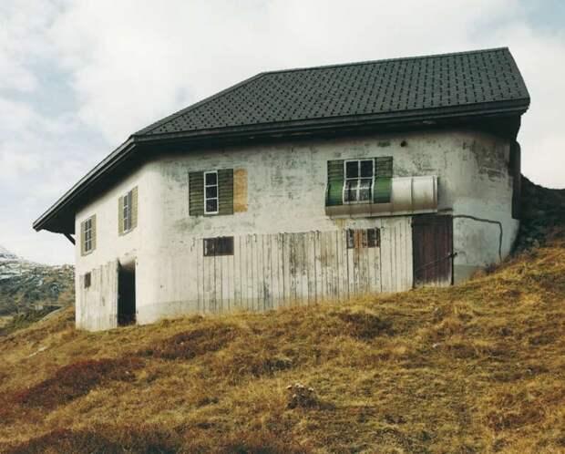 Бункеры, замаскированные под швейцарские виллы