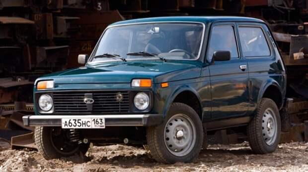 АВТОВАЗ сократил линейки комплектаций Lada Largus и 4x4