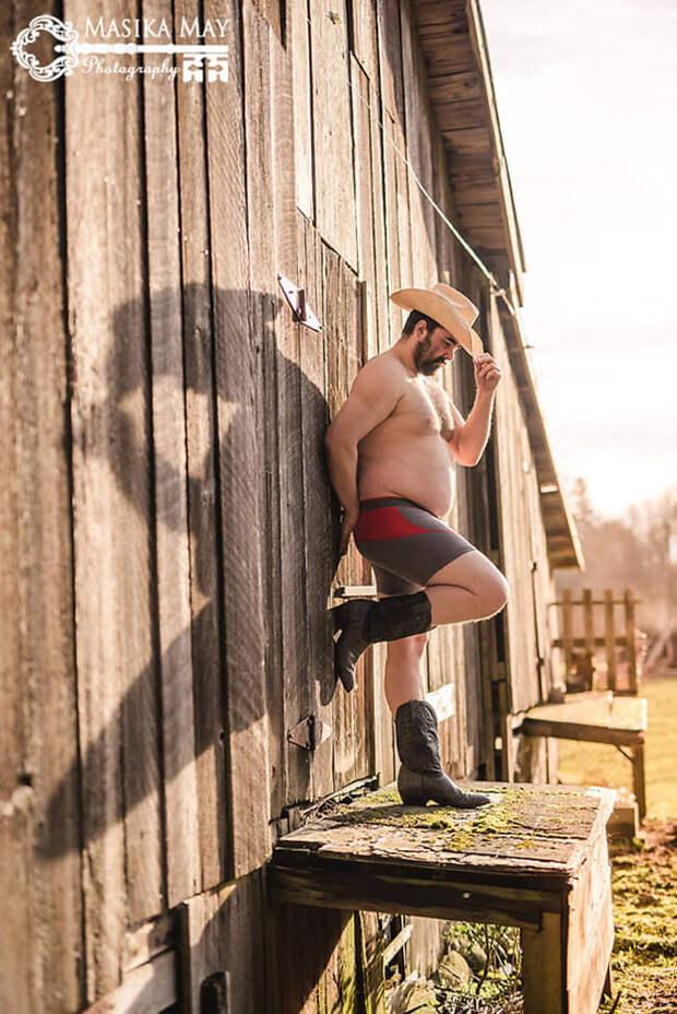 Пикантная фотосессия мужчины