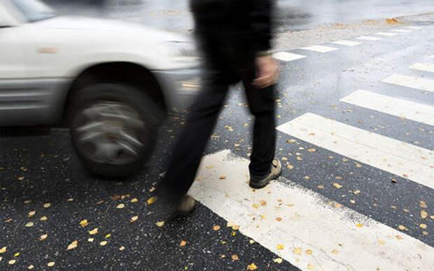 Поменялись ролями: водитель ограбил пешехода
