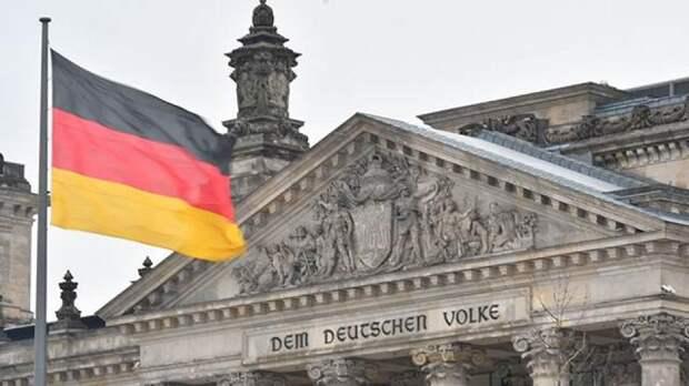 Немецкие граждане негативно оценили действия эсминца «Джон Маккейн»