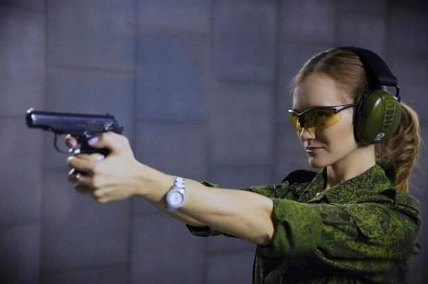 """Победительницей конкурса """"Краса Росгвардии"""" стала прапорщик"""