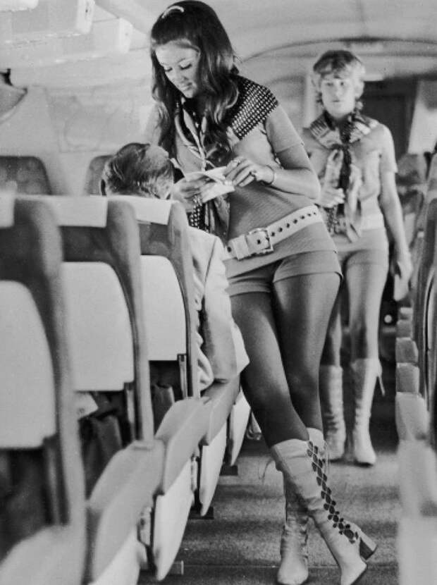 Стюардессы авиакомпании Southwest Airlines, 1972 интересно, история, фото