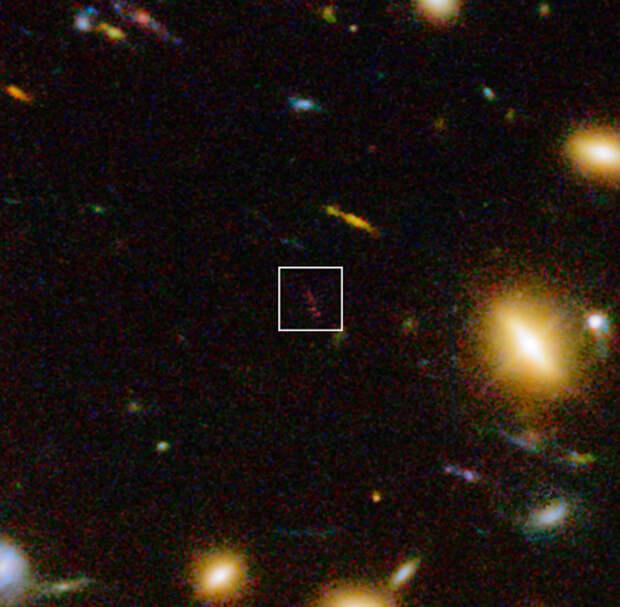 В молодой Вселенной астрономы обнаружили старую галактику