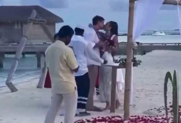 Ольга Бузова и Давид Манукян тайно сыграли свадьбу на Мальдивах