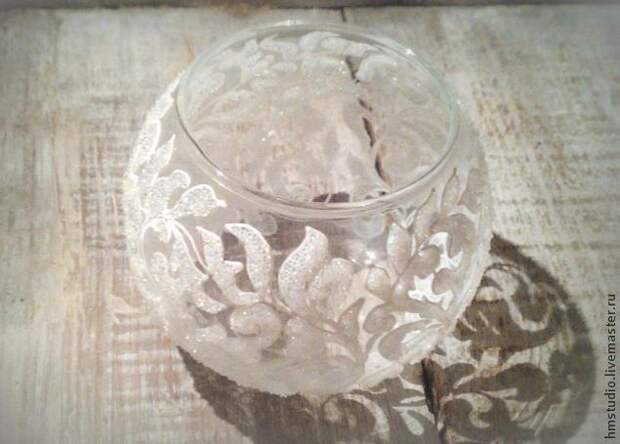 Расписываем вазу морозным узором