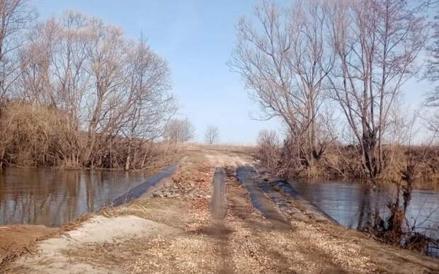 В Рязанской области возобновили движение по низководному мосту через реку Пара
