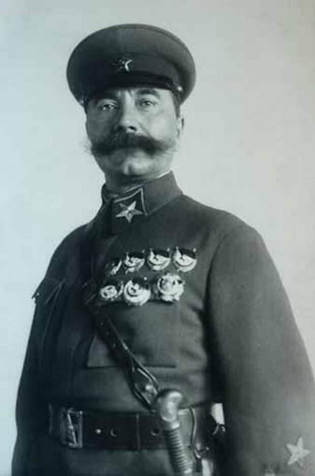 Инспектор кавалерии РККА маршал Советского Союза Семен Буденный, вторая половина 1930-х годов