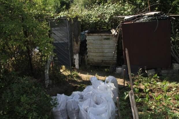 В севастопольском садовом товариществе «Ручеёк» обнаружили взрывоопасный предмет (фото, видео)