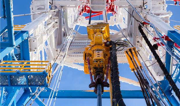 Добыча нефти вРФвосстановится до прошлогоднего, рекордногоуровня неранее 2023 года