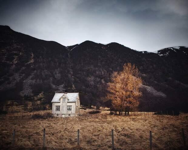 zabroshennye-udalennye-doma-za-severnym-polyarnym-krugom-fotograf-Britt-Mari-Bay_21