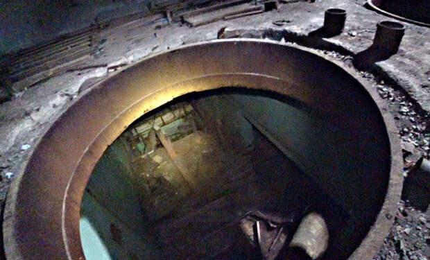 Внутри реакторных залов Чернобыля: сталкеры проверяют электричество