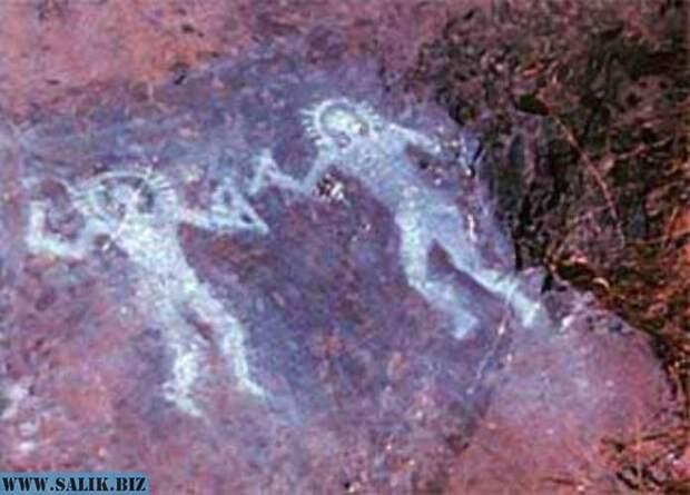 Теория палеоконтакта. Древние пришельцы