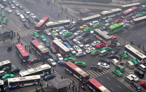 1. Китайцы автопутешествие, водители