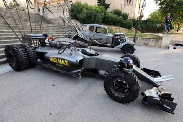 Болид Lotus Mad Max
