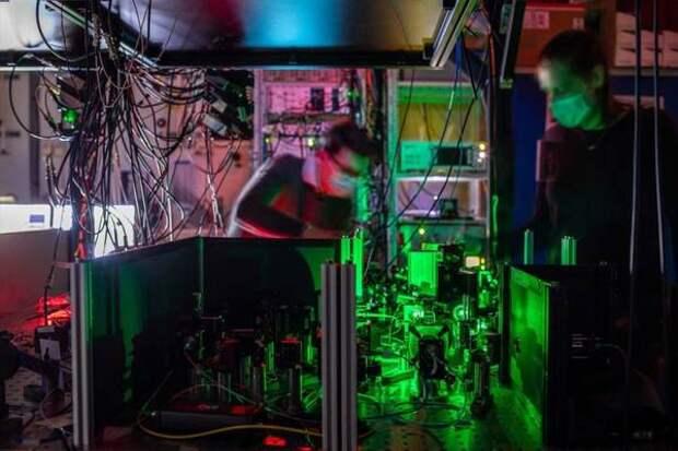 Создана первая квантовая сеть на основе запутанности