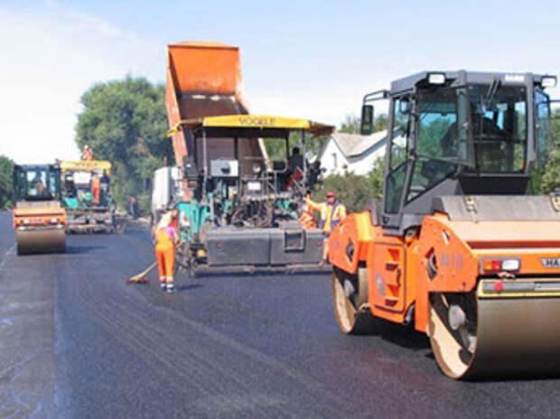 Губернатор Севастополя проинспектировал дорожное покрытие и вынес предупреждение