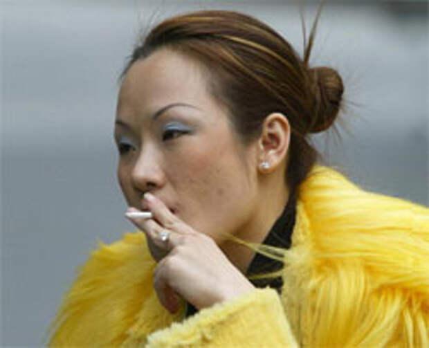Китай восстал против рекламы сигарет
