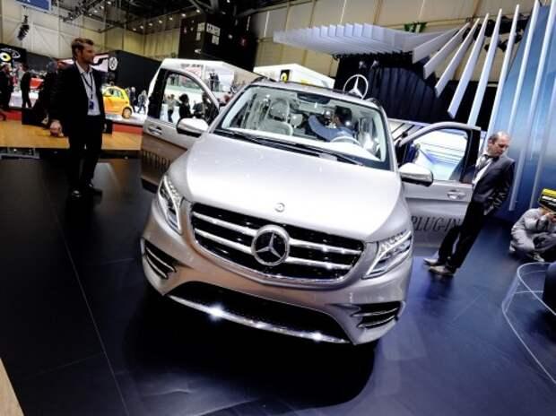 В Mercedes-Benz показали быстрый V-класс с «трехлитровым» расходом